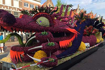 Flower-Parade-tulip-season